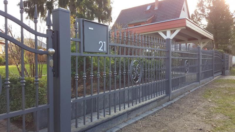 Zaunbau Nürnberg triumph zaunsysteme freitragendes schiebetore zaunsysteme privat