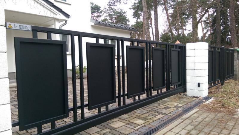 27 moderne gartentore aus metall mit gehobenem design. Black Bedroom Furniture Sets. Home Design Ideas